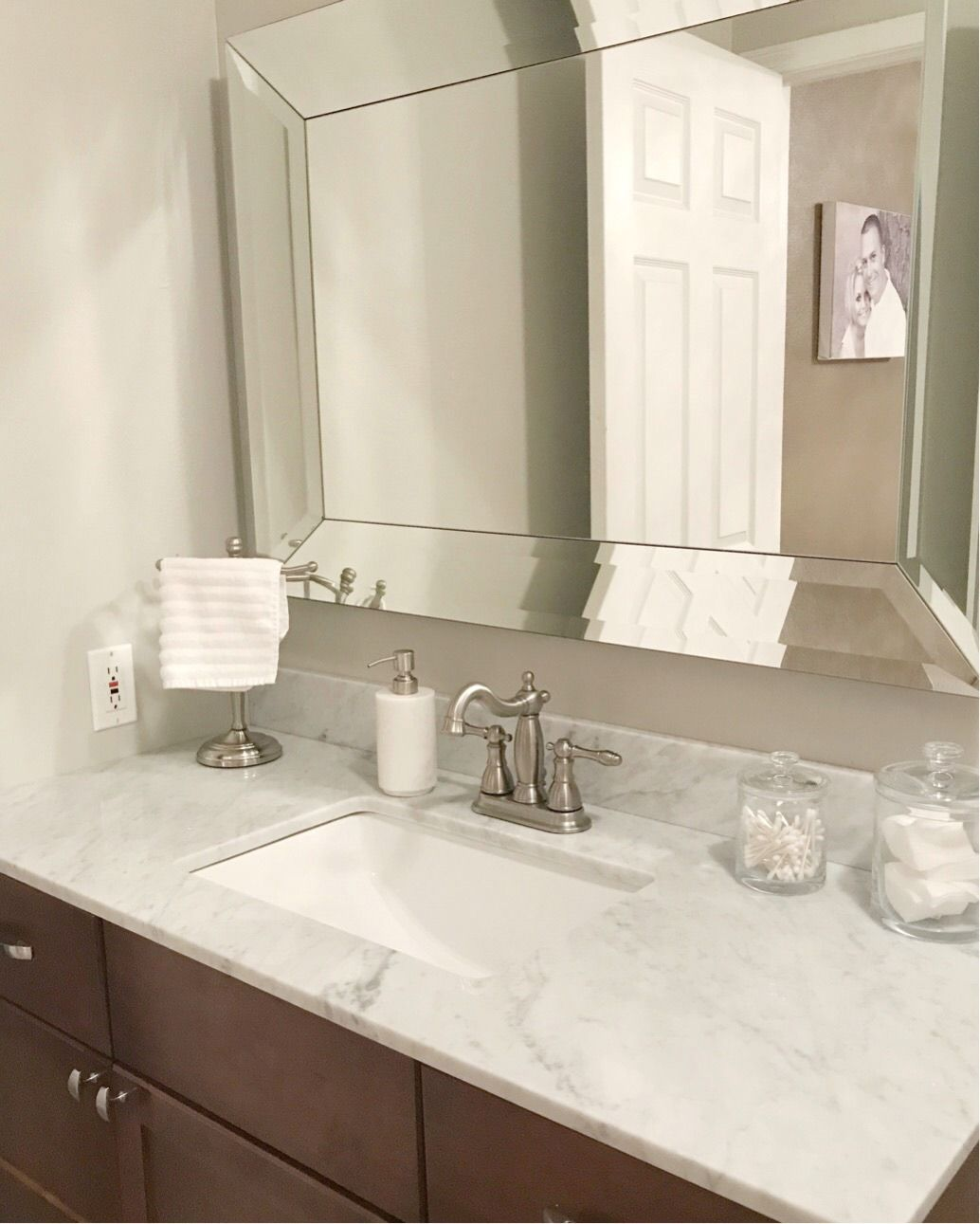 Small Master Bathroom Remodel Ideas - Before and After   Sherwin ...