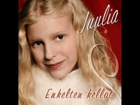 Juulia Haverinen -  Lumeen jäljet jää