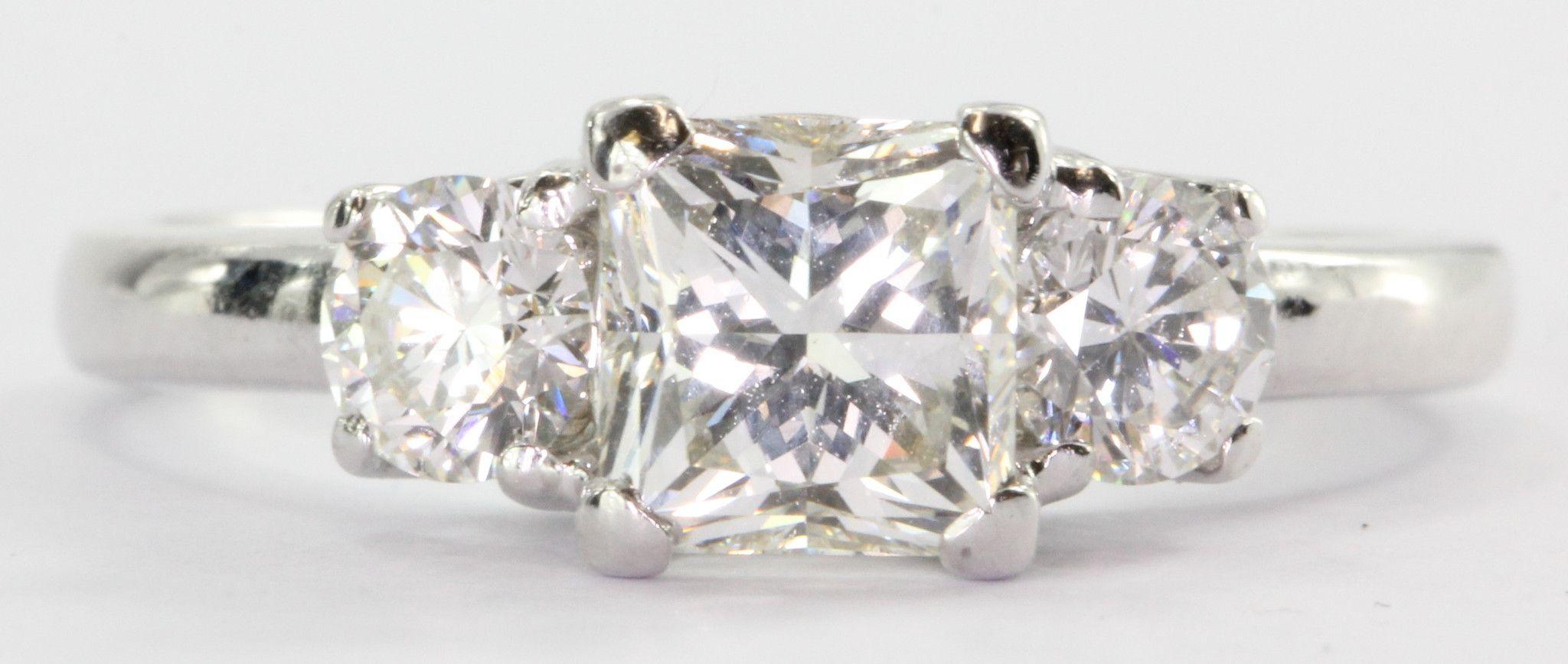 18k White Gold 165 Ctw Princess Cut 3 Stone Diamond Engagement Ring
