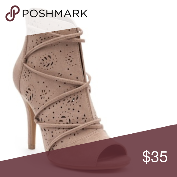 272dabd9a97 ⬇️💲NWOT LC Lauren Conrad Lily Ankle Boots in 2018 | My Posh Picks ...
