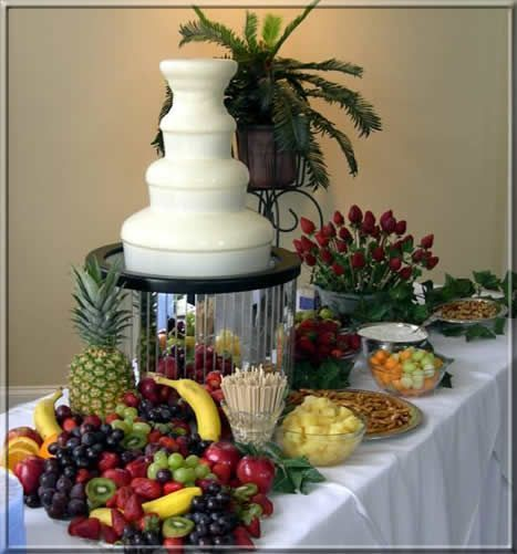 White Chocolate fountain and fruit | Parties - Food Displays | Pinterest | Chocolate fountains ... #chocolatefountainfoods White Chocolate fountain and fruit | Parties - Food Displays | Pinterest | Chocolate fountains ... #chocolatefountainfoods