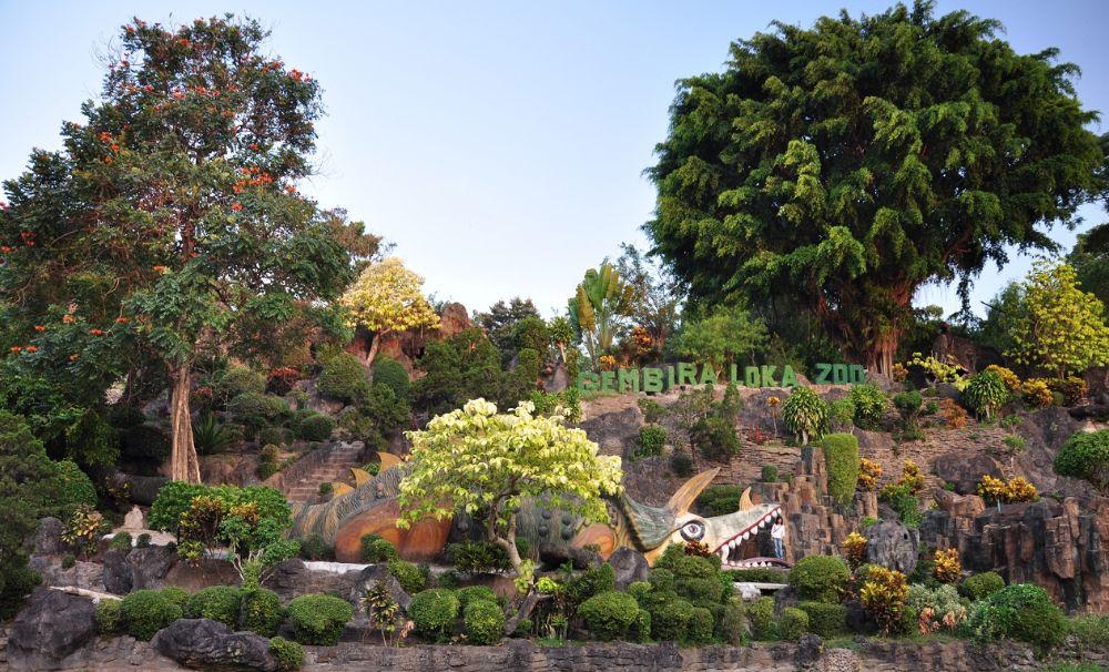 Hotel Di Kebun Binatang Jogja