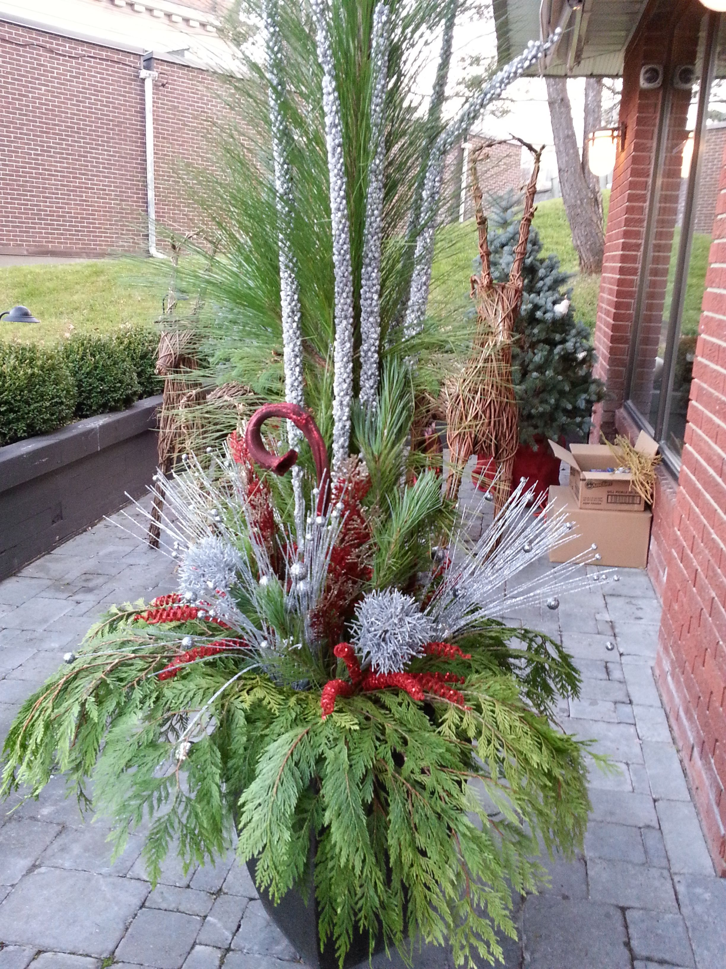 christmas outdoor decoration with greenery - Google Search ...
