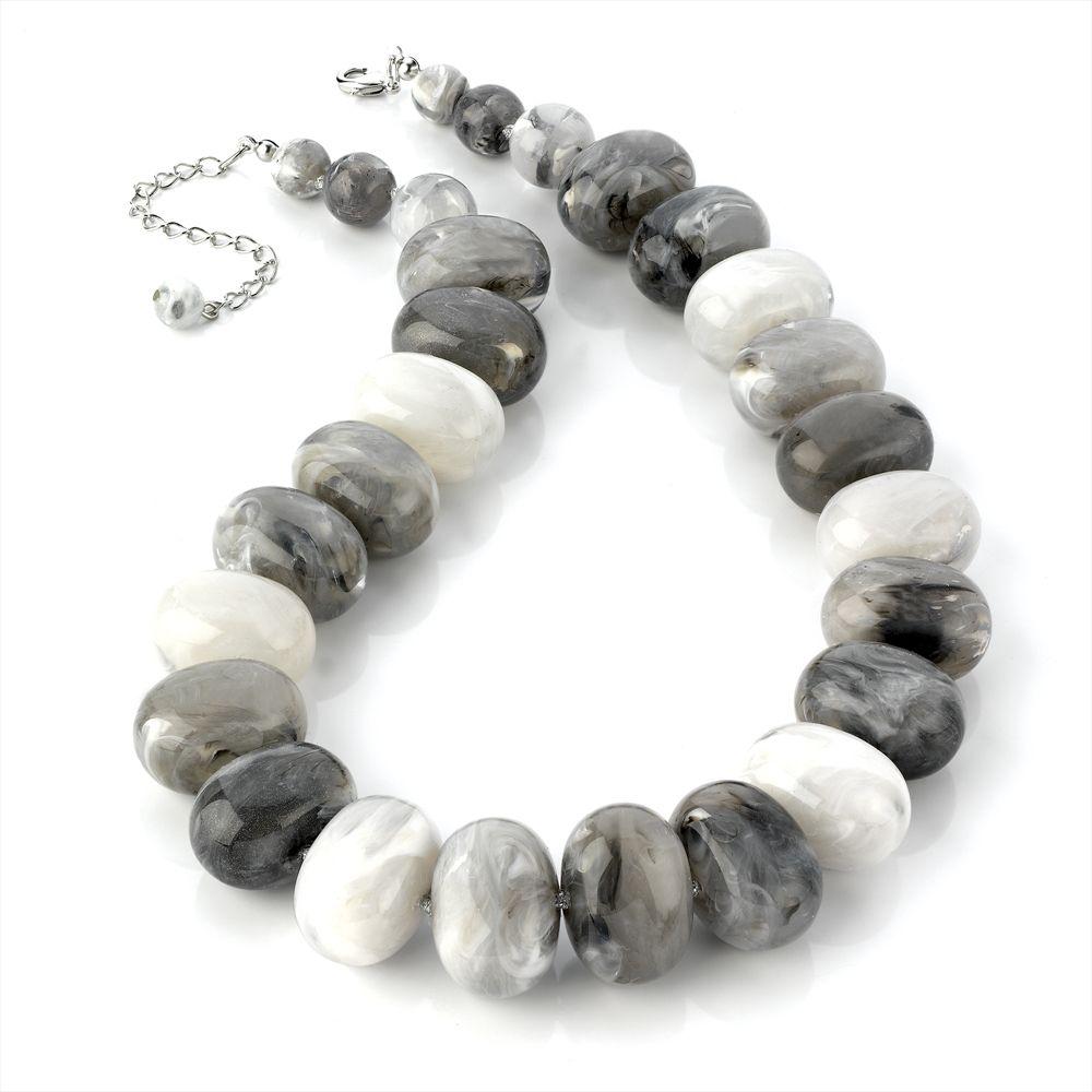 bead necklass
