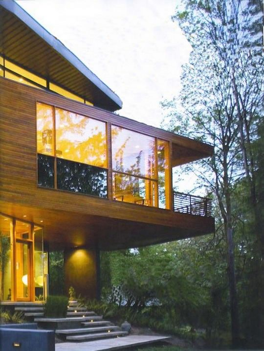 The Hoke House Is A Project By Skylab Achitecture The House Is Located In Portland And It Is Really Cool Ch Twilight House Cullen House Twilight Architecture