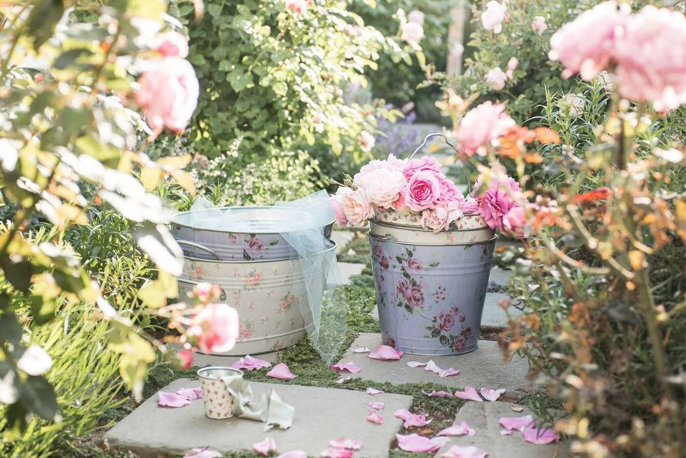 Delicate beauty in the garden milliondollarredhead home decor