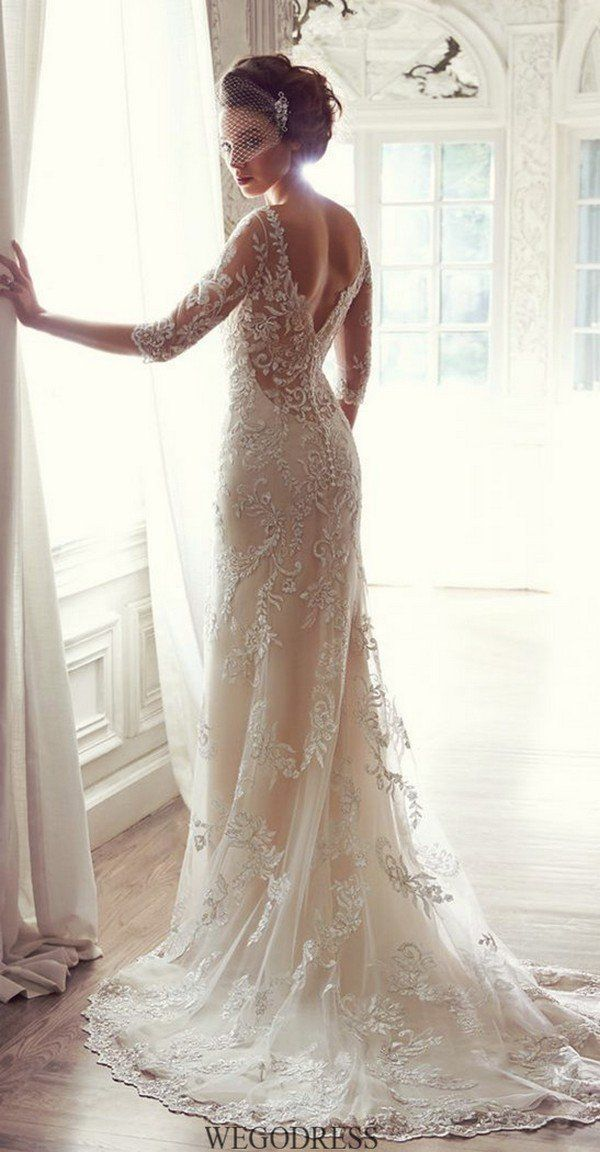 vintage lace wedding dress with v back   Betsey Ross Wedding ...