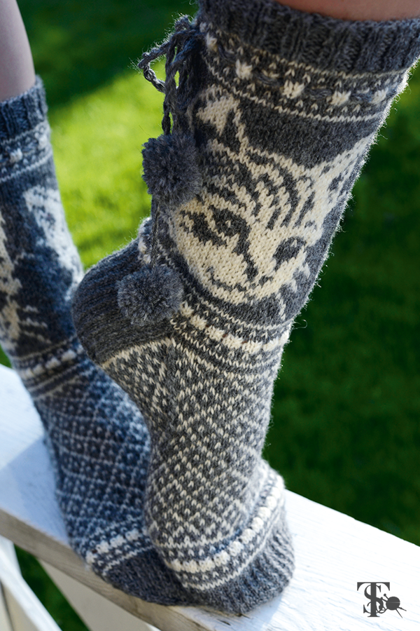 Wild Mittens and Unruly Socks Diy for kids, Diy clothes