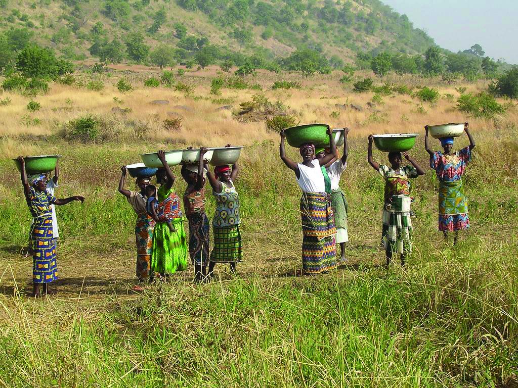 Women returning from retrieving water