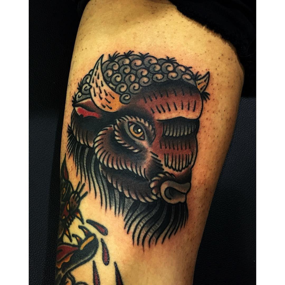 American Traditional Buffalo By Nicholas G Traditional Tattoo Animals American Traditional Tattoo Traditional Tattoo