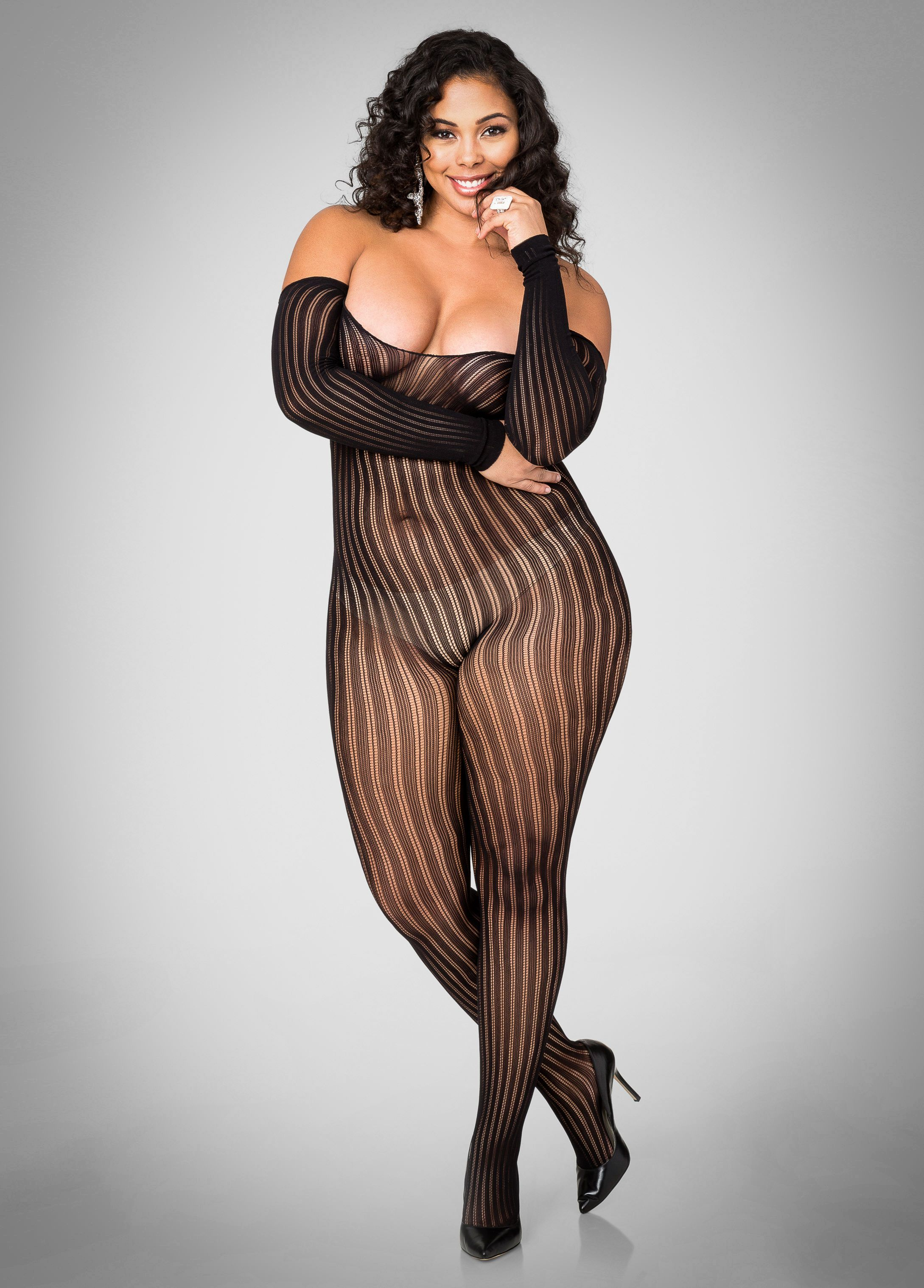 Plus size model Tabria Majors | Tabria Majors