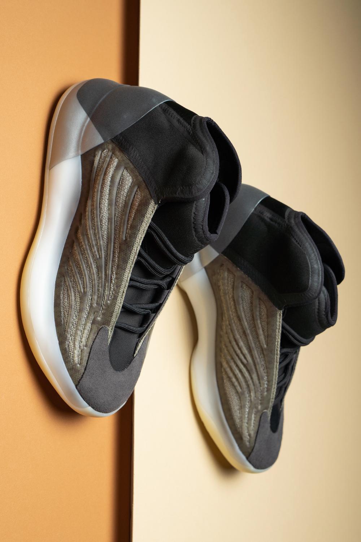 Adidas Yzy Qntm Barium H68771 2020 In 2020 Adidas Adidas Yeezy Shoes