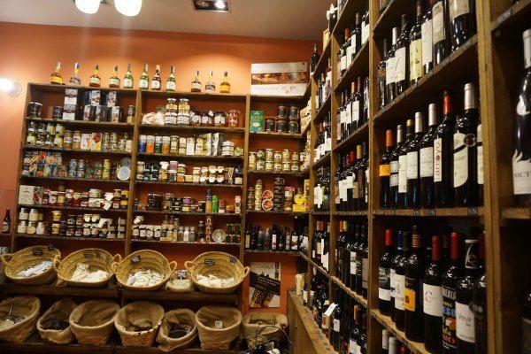 Local De Venta De Cerveza Buscar Con Google Viejitos Venta De
