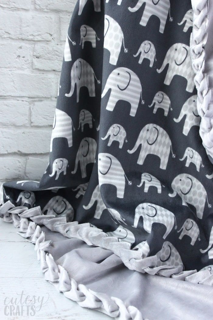 How to Make No-Sew Fleece Blankets with a Braided Edge