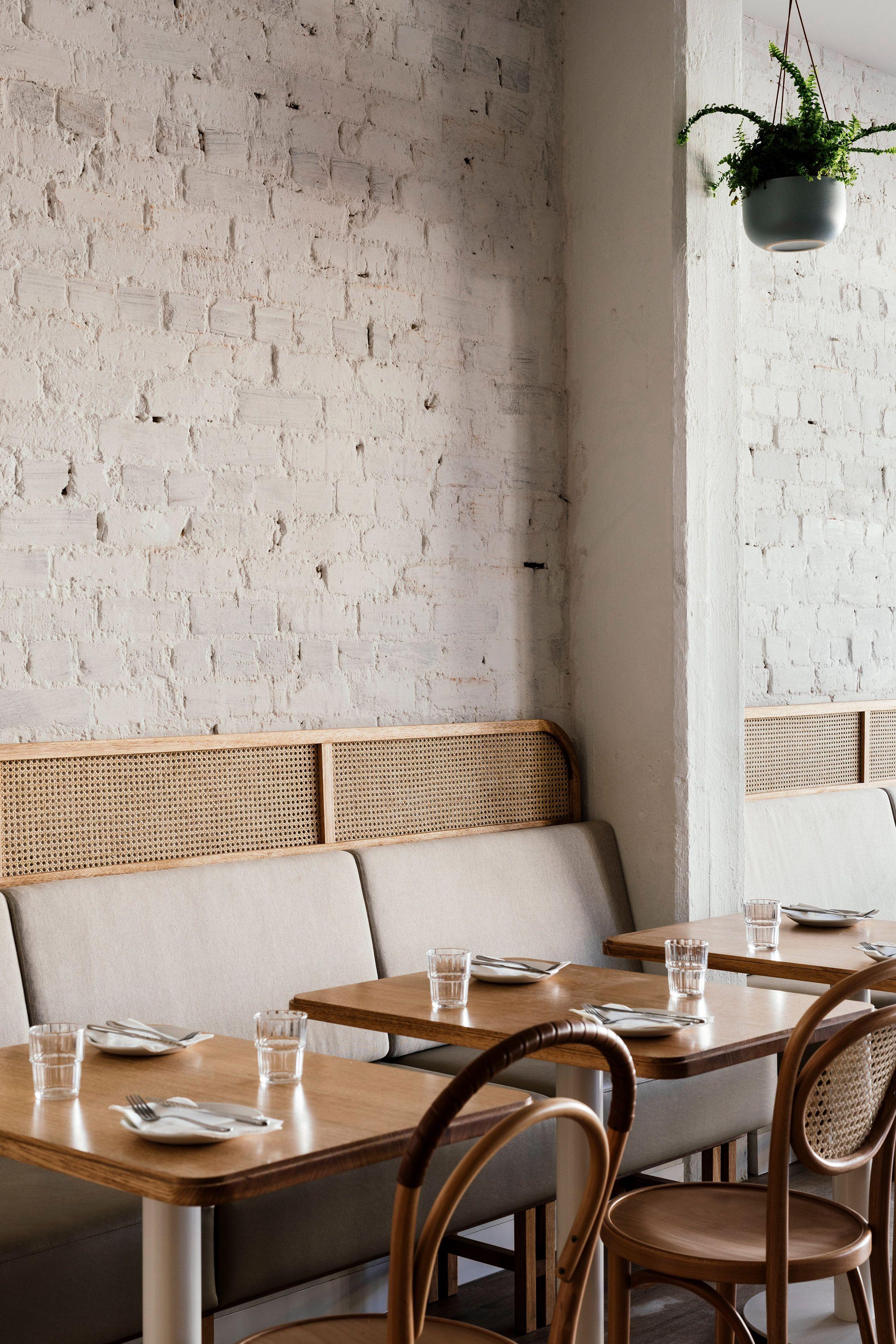 Https Www Dezeen Com 2019 08 07 Sisterhood Tasmania Restaurant Interiors Biasol Australia Restaurant Interior Interior Restaurant Design