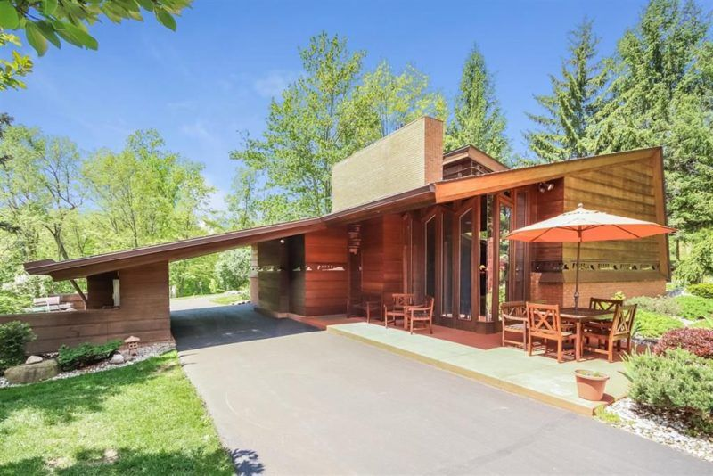 You Can Own A Frank Lloyd Wright House In Kansas City Hooked On Houses Frank Lloyd Wright Homes Frank Loyd Wright Houses Usonian House