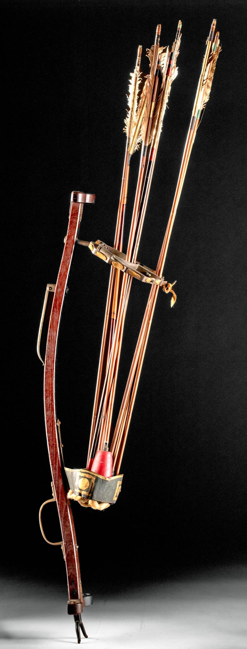 Japanese Edo Wooden Archery Stand W Arrows Archery Edo Arrow It avoids damaging the arrows and reduces with this support of arrows you improve your accuracy of shooting. pinterest