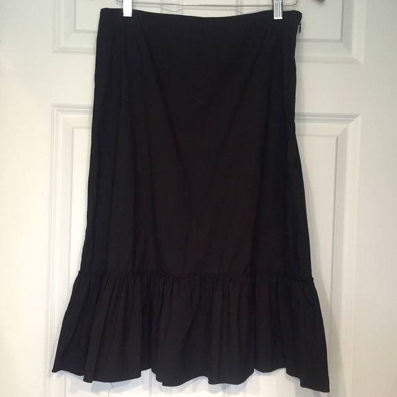 """J crew skirt Cute jcrew black skirt with """"peplum"""" type hem at bottom./ side zipper. Very lightweight material- great for spring/summer! Brand new with tags! Love it but sadly is too long for me  Jcrew Skirts Pencil"""