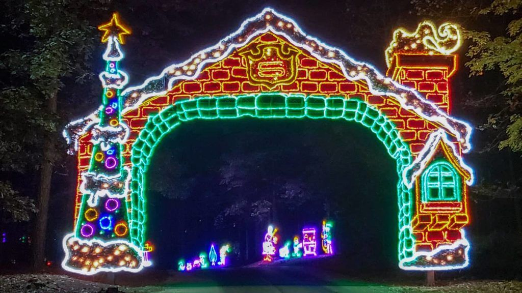 Our Favorite Holiday Light Displays,