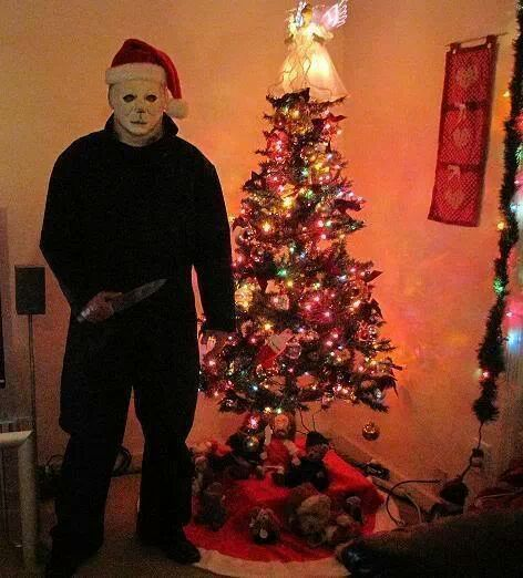 Michael Christmas.Michael Myers Doesn T Stop For Christmas Evil Never Rests