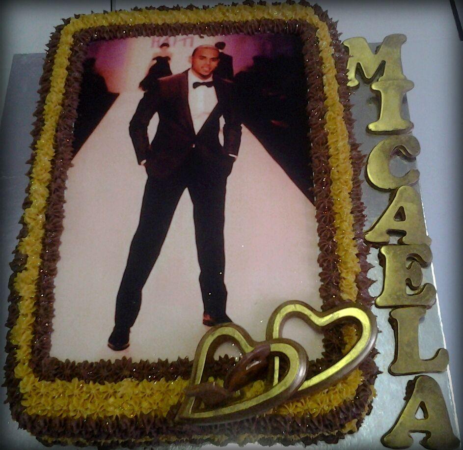 Awe Inspiring Chris Brown Birthday Cake For 16 Year Old Micaela Chris Brown Personalised Birthday Cards Veneteletsinfo