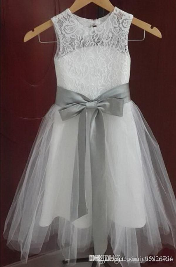 348aeed9116 Hot Sale Lovely Vintage Lace Flower Girls Dresses A Line Jewel Neck Tulle  Little Kids Formal Wedding Party Gowns Silver Grey Sash Bow Kids Flower Girl  ...