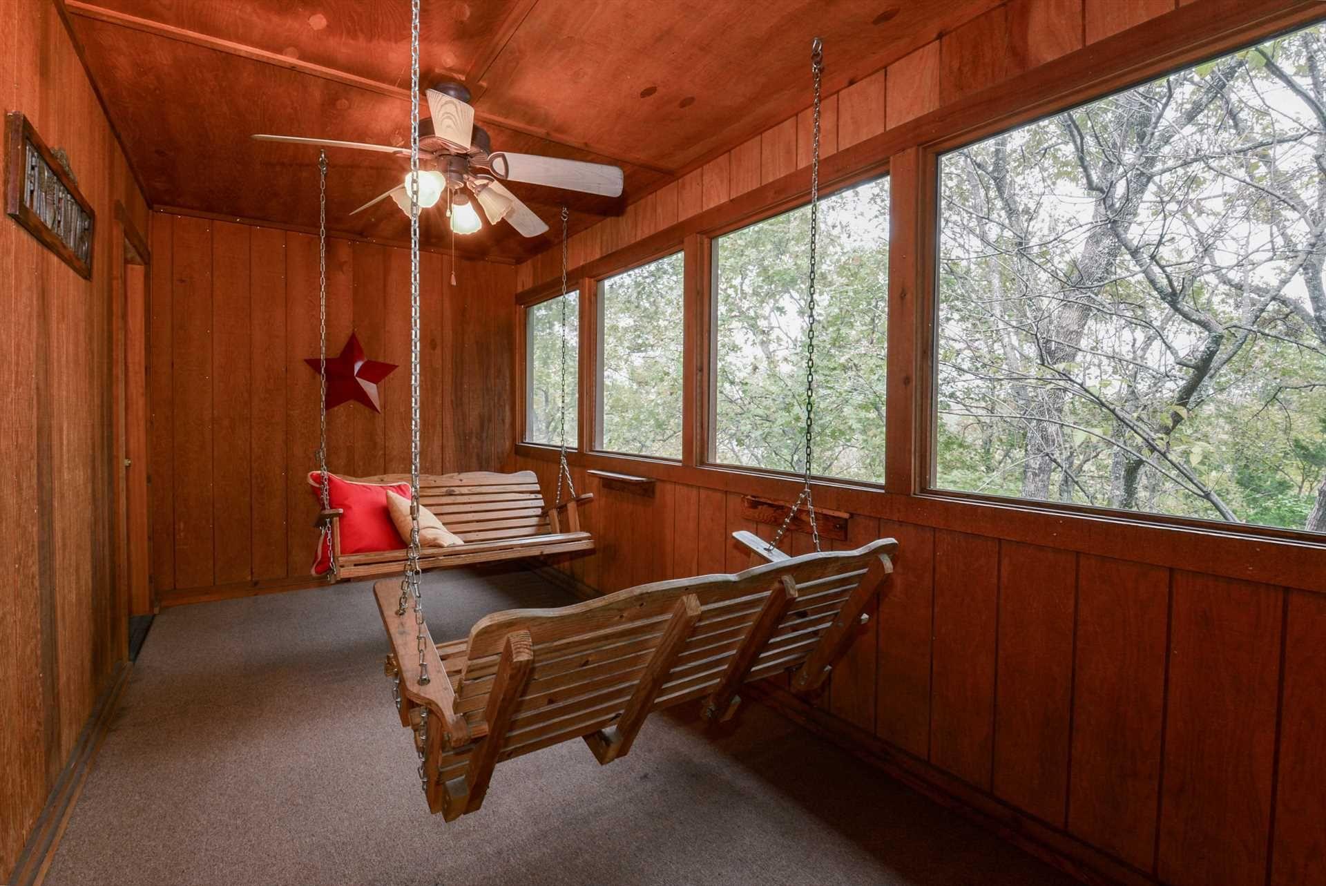 Cabin 19 screened in porch
