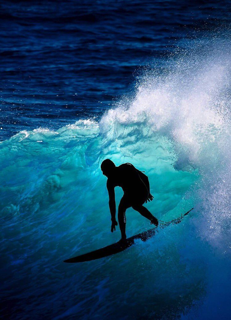 The right kind of shade Surfing waves