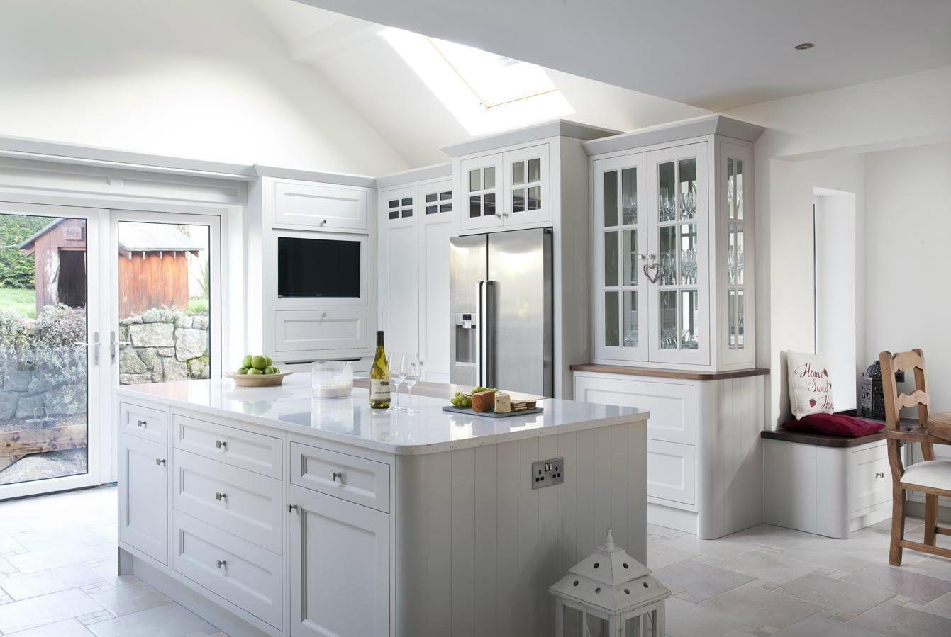 Best Silestone Lyra Countertops 4 Silestone Lagoon Quartz 400 x 300