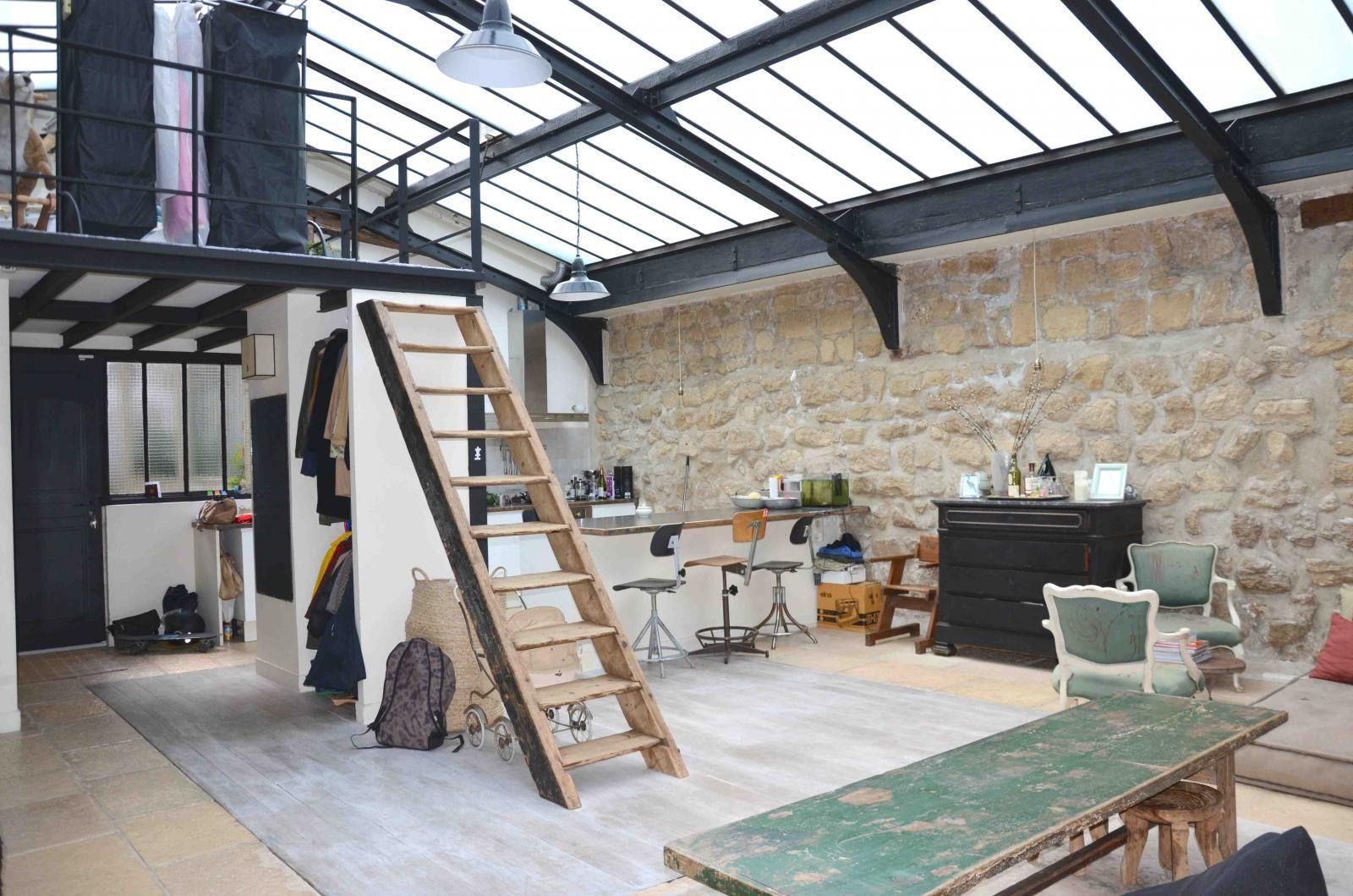 un loft atelier paris planete deco a homes world industrial loft loft house loft et. Black Bedroom Furniture Sets. Home Design Ideas
