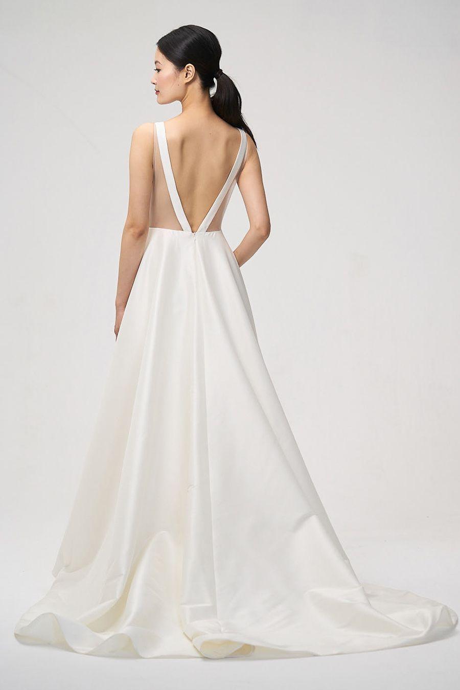 The Prettiest Wedding Ponytail Hairstyles Wedding Dress Shopping