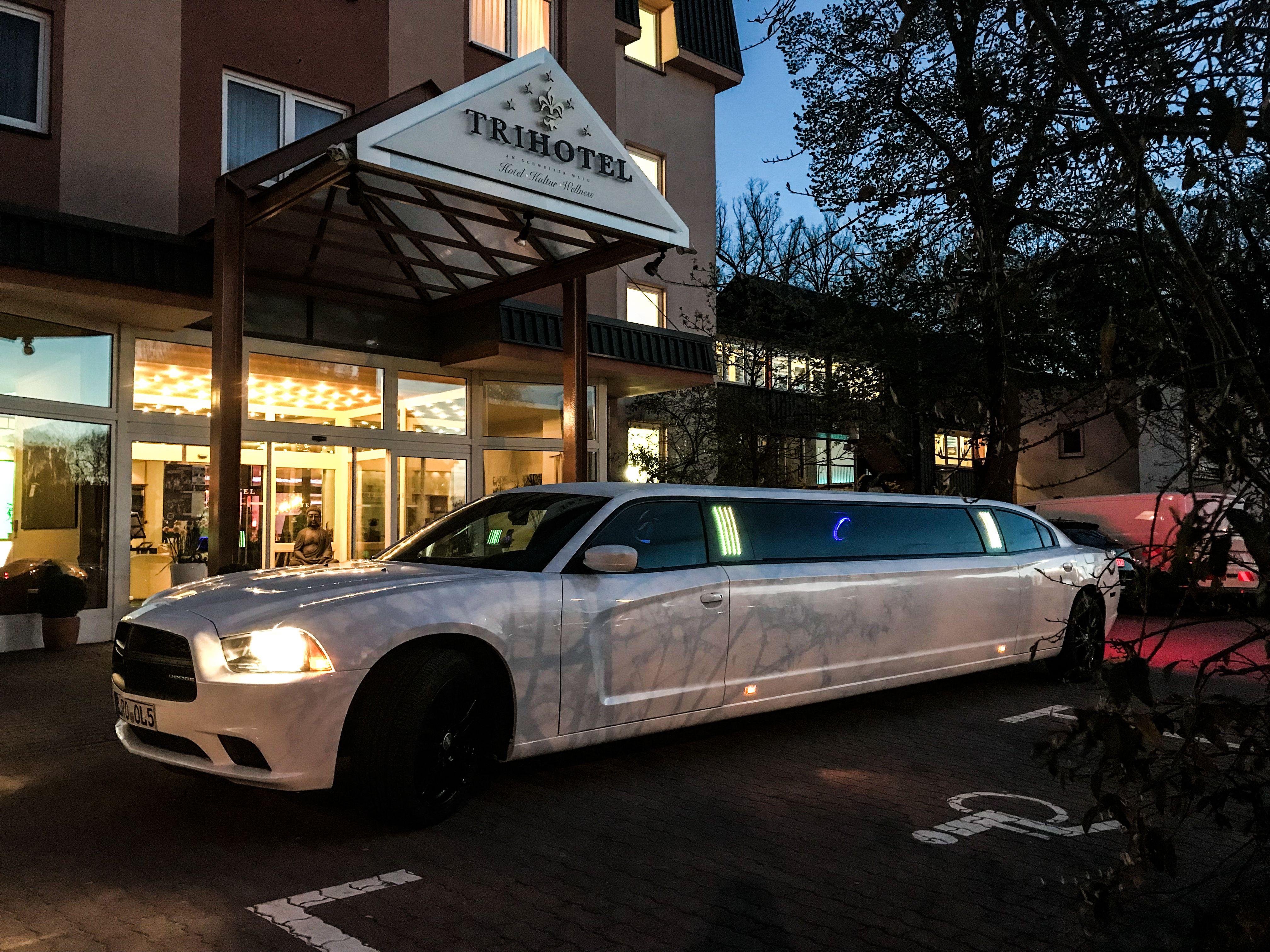 Trihotel Rostock Hotel Am Schweizer Wald Hotel Limousinenservice Stretchlimousine Limousinenservice Limousine