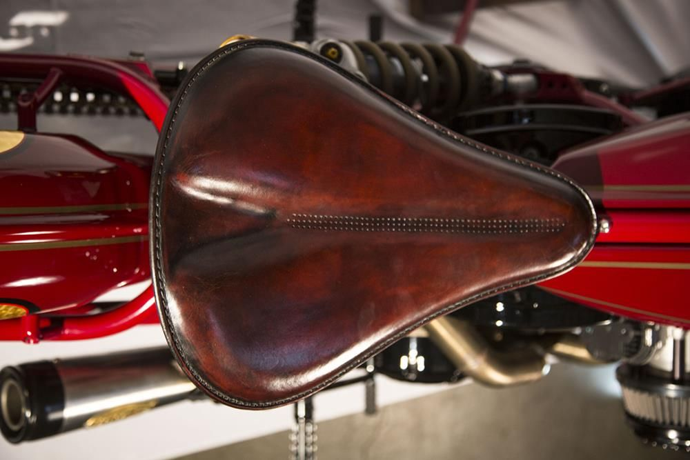 Roland Sands Designs Indian Scout seat