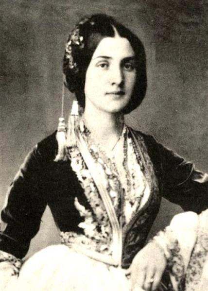 A Young Woman From Smyrna Asia Minor Modern Day Izmir Turkey In Traditional Folk Dress Taken In 1857 Greek Women Greek Costume Greek Beauty