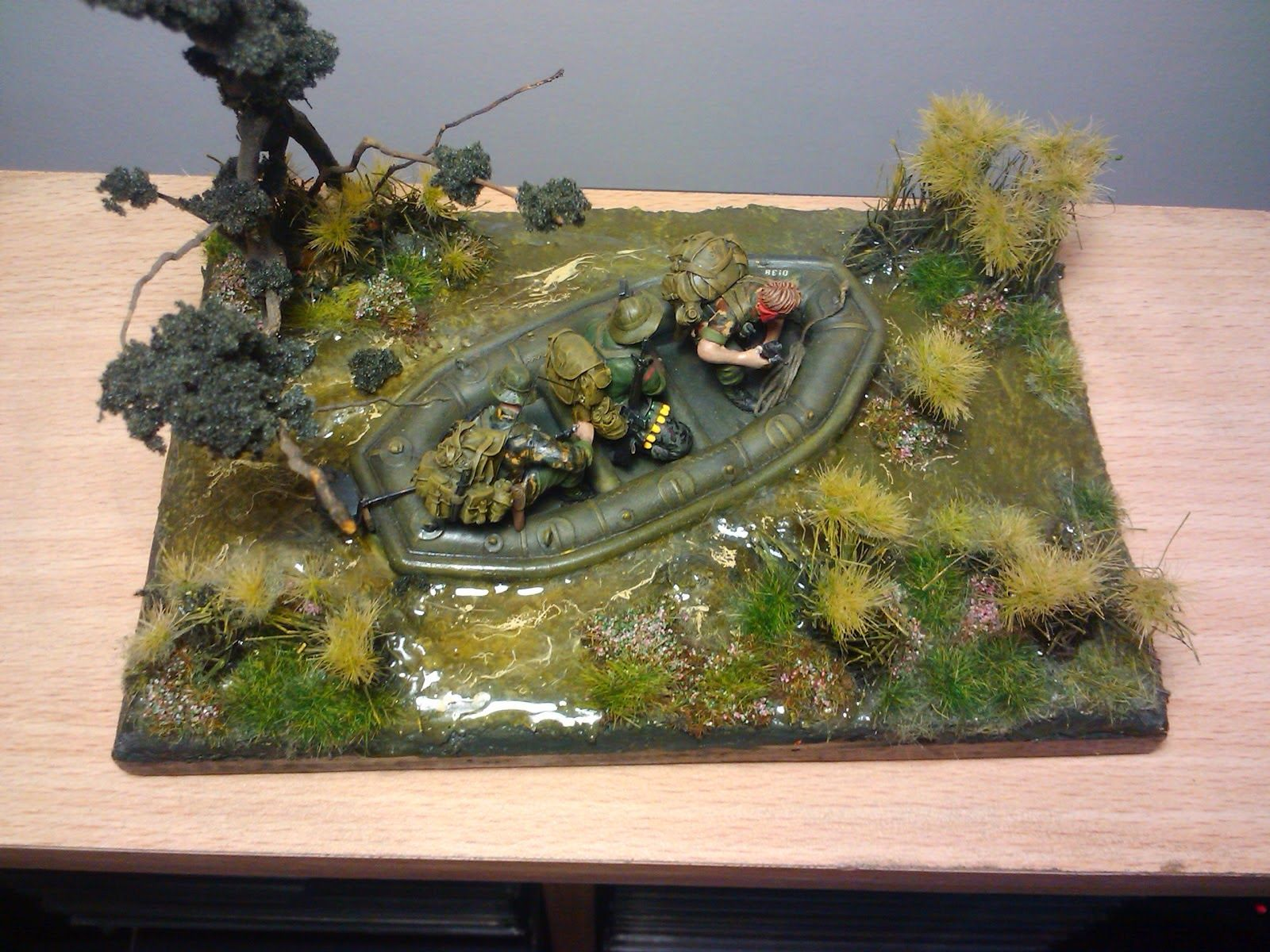 Scale model workbench 1 35 vietnam diorama models for Scale model ideas