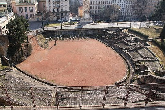 L Amphitheatre Des Trois Gaules De Lyon Ier Siecle Visiter Lyon Ville France Vacances A Rome
