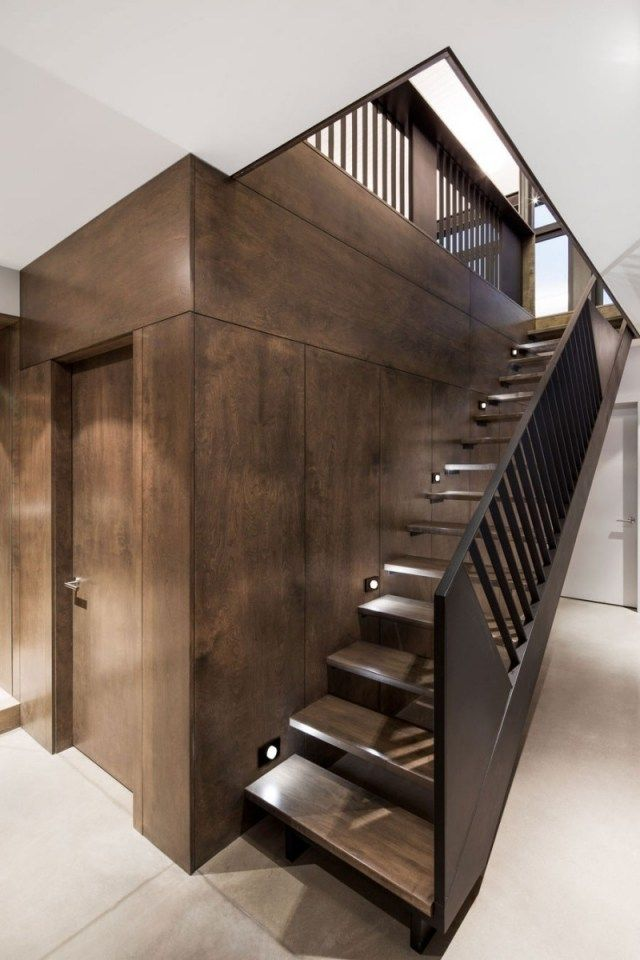 gerade treppe geländer schwarz holzstufen wandleuchten Ideen - holz treppe design atmos studio