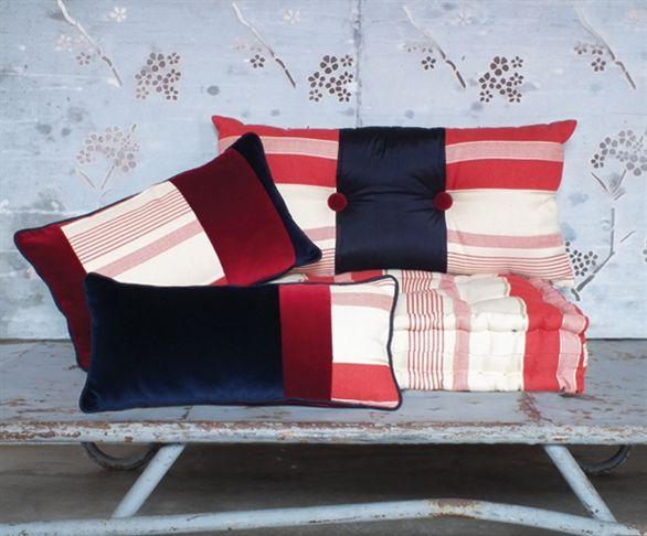 Cuscino rosso e blu cuscini particolari cuscini decorativi per divano vendita cuscini - Cuscini decorativi letto ...