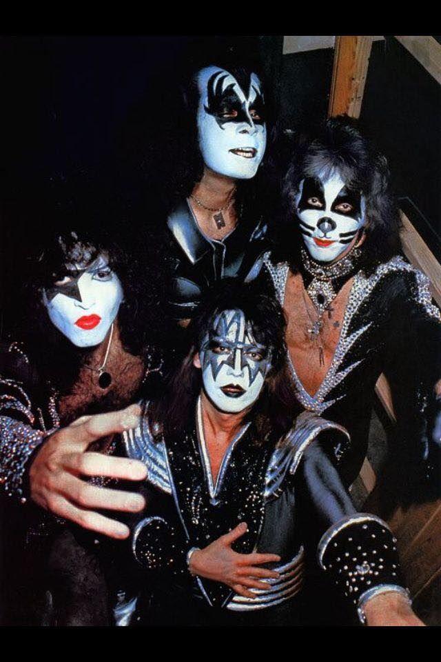 18581824 10209328621512394 1680364785789654700 N Jpg 640 960 Kiss Band Kiss Rock Bands Vintage Kiss