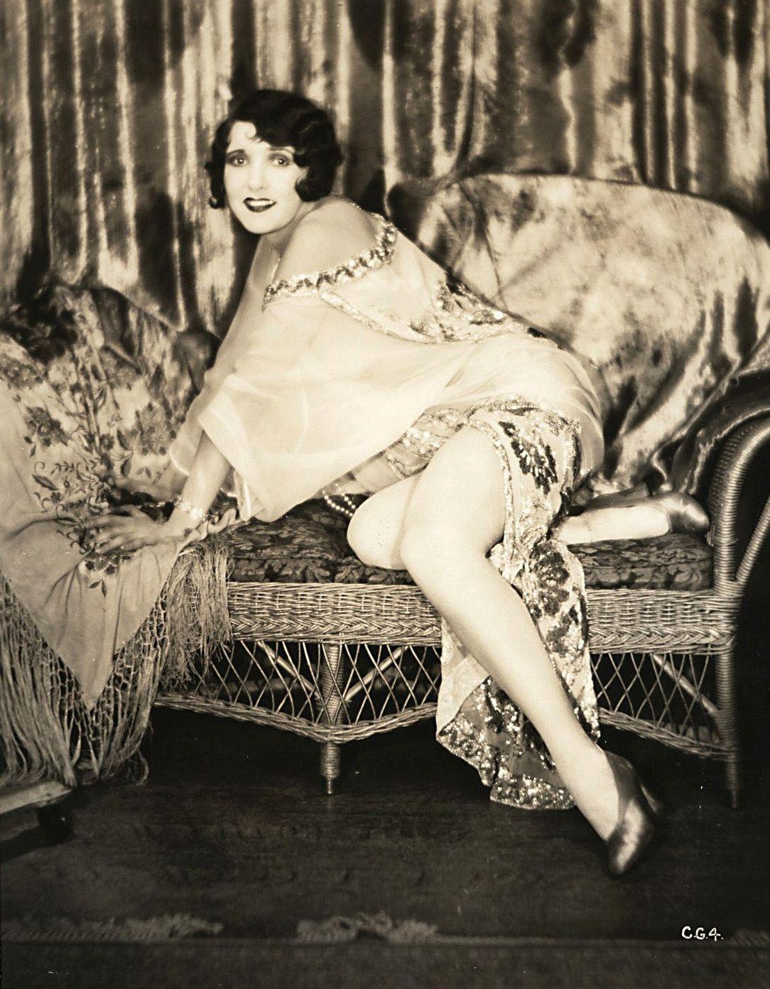 Angela Ruggiero photo