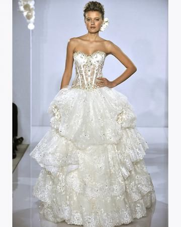 pnina tornai love the accents at the top of the corset and