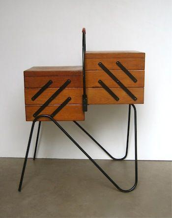 travailleuse vintage bo te couture moderne milieu de si cle et teck. Black Bedroom Furniture Sets. Home Design Ideas