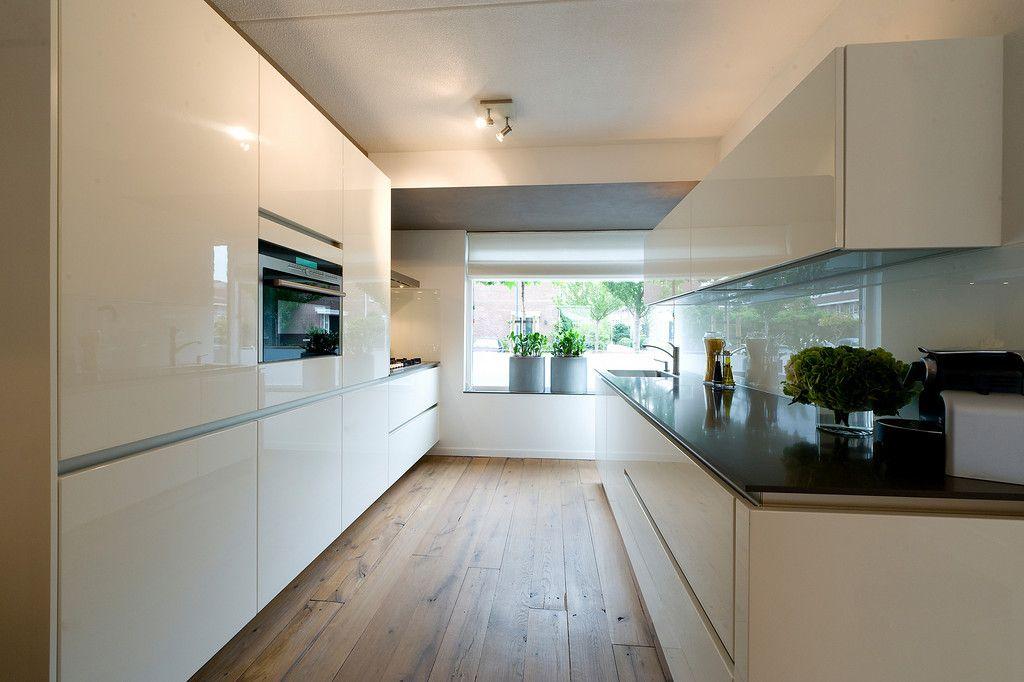 Witte Hoogglans Keuken op Pinterest  Moderne Witte Keukens en Keuken ...