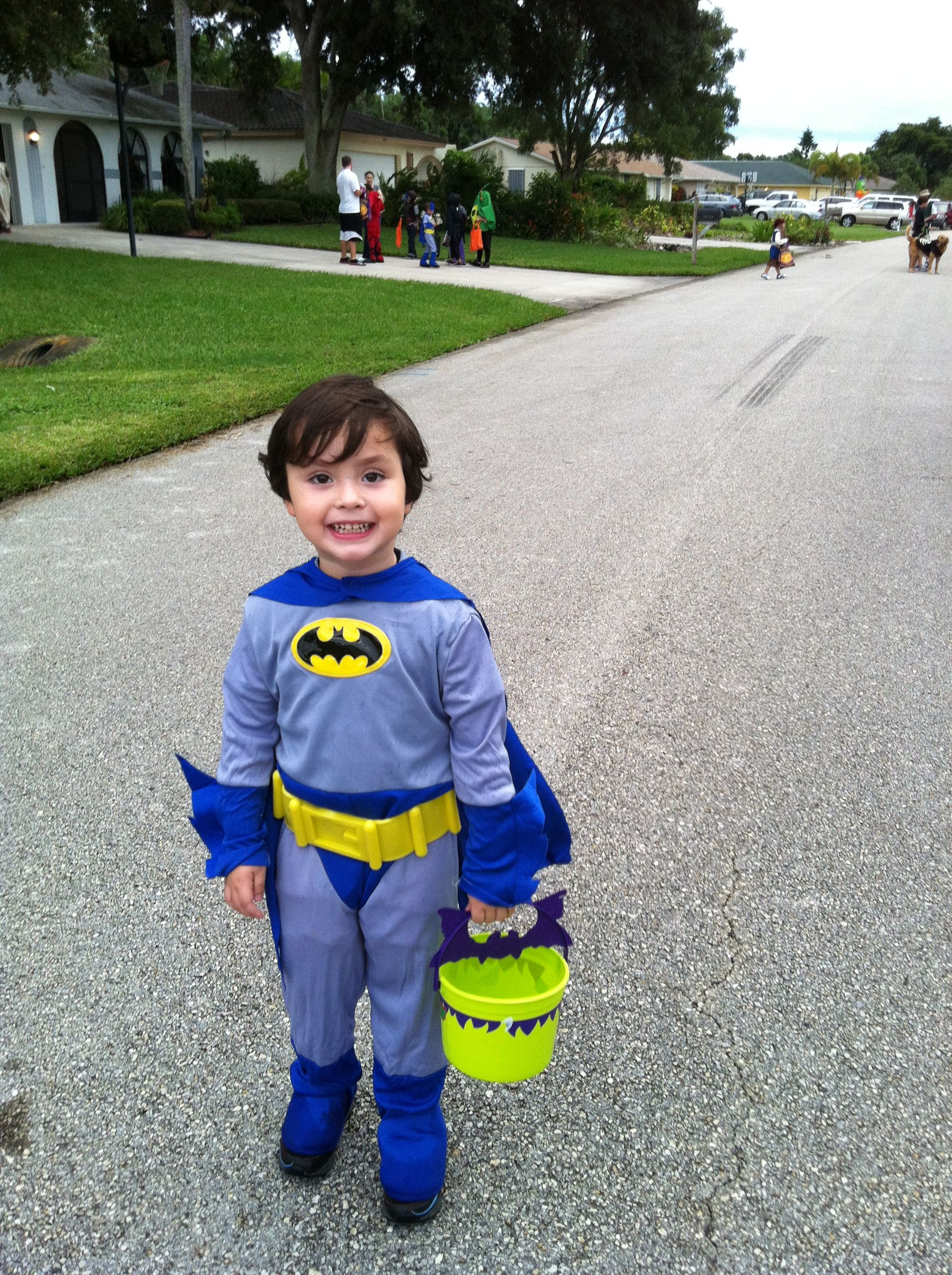 trick-r-treating at victoria park in naples, fl | halloween