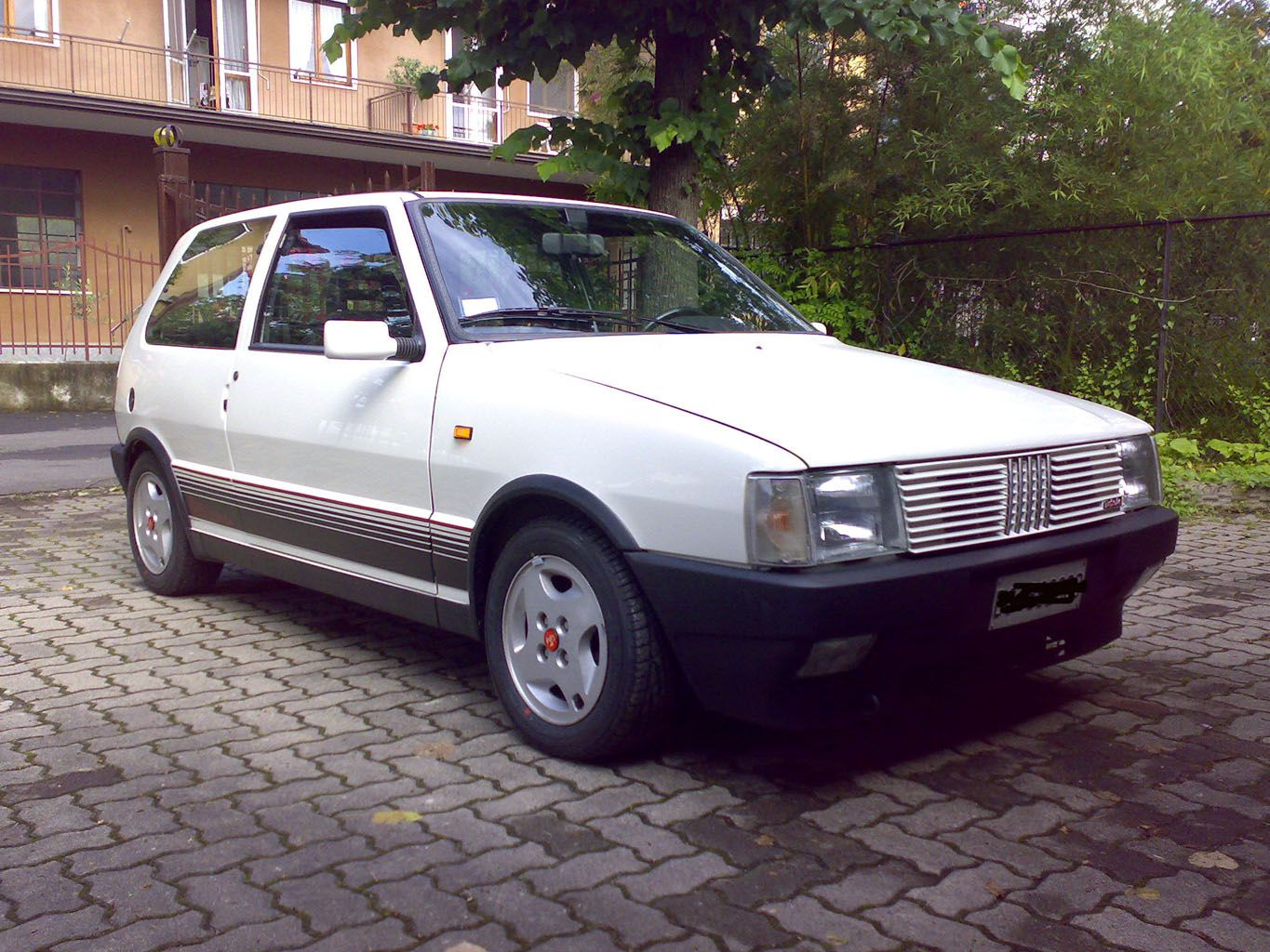 fiat uno turbo ie carscarscars pinterest fiat uno and cars. Black Bedroom Furniture Sets. Home Design Ideas