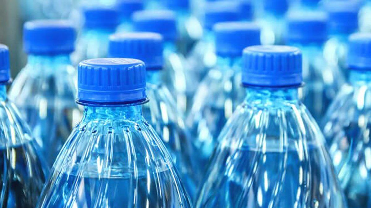 Bottled water does expireand you should take it seriously