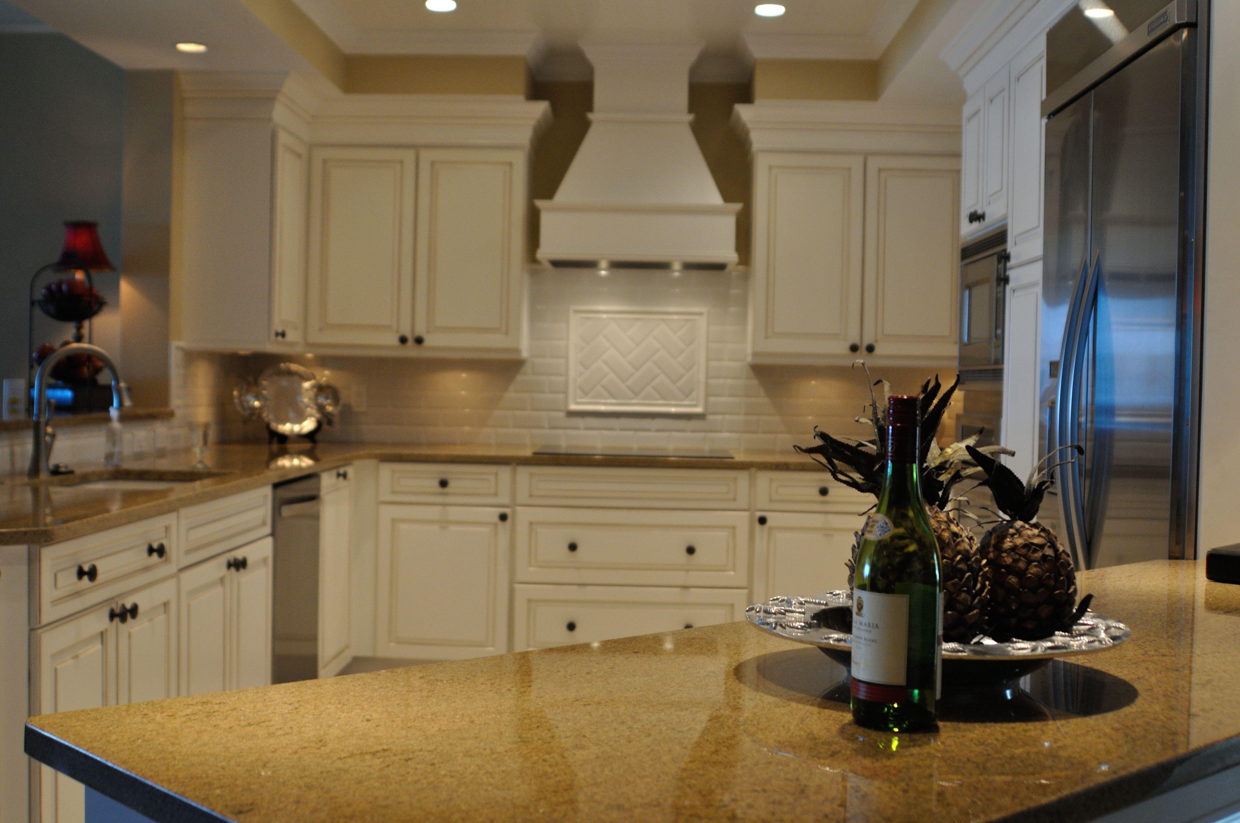 White Kitchen in Sunny Florida!   Kitchens   Pinterest   Kitchens ...