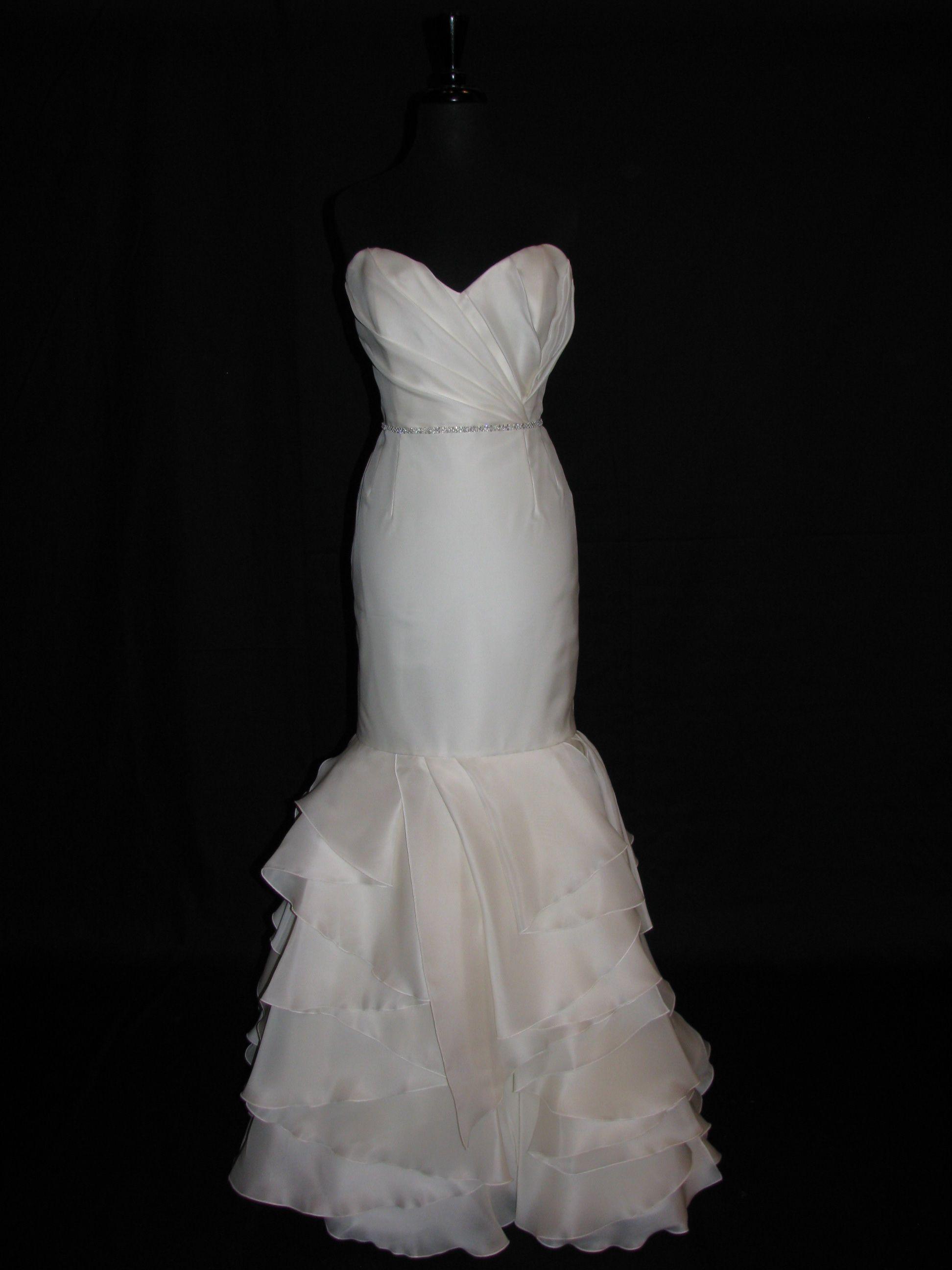 Rivini Balia The Luxe Bridal Consignment Boutique For Dc Area Brides Fabulous Frocks