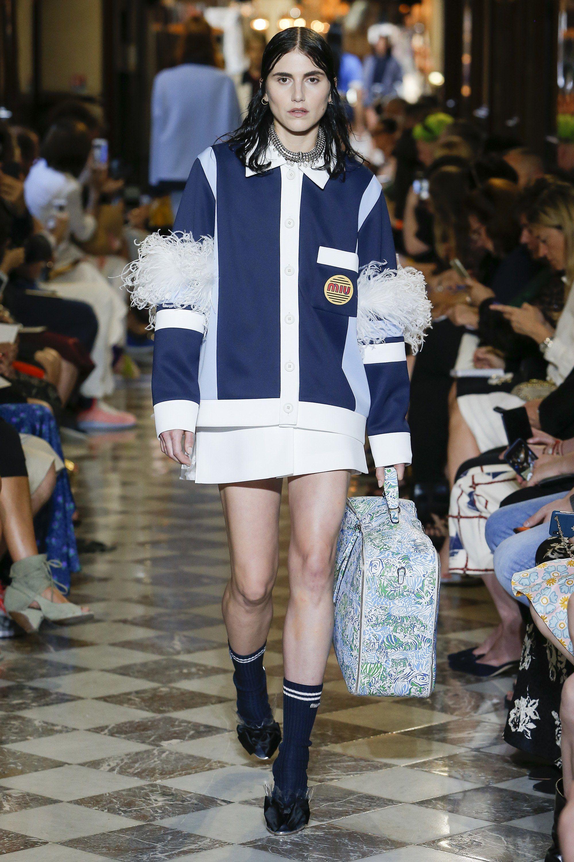 aab3c214bd131 Miu Miu Resort 2019 Collection - Vogue  clothes  beautifulclothes  fashion   apparel  fashiontrends  style  stylewatch  fashioninspiration  designers   MiuMiu ...