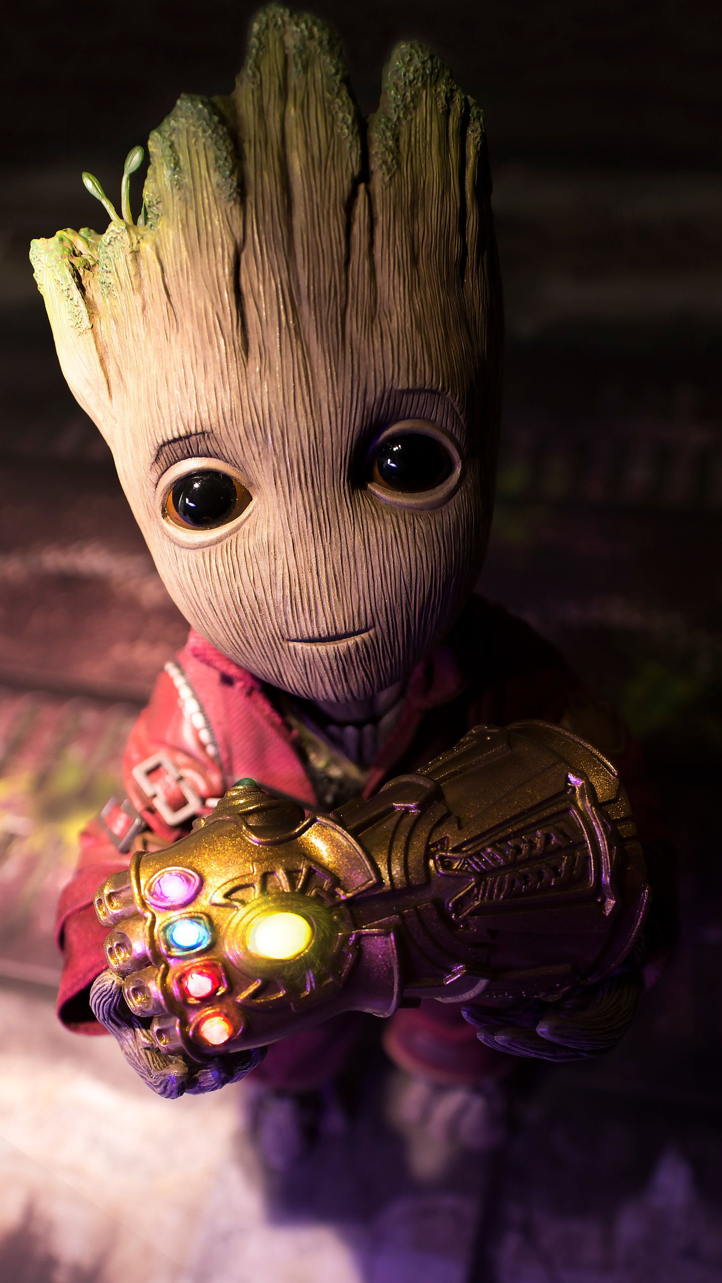 Baby Groot Found The Gauntlet Hd Wallpaper 1440x2560 In 2020